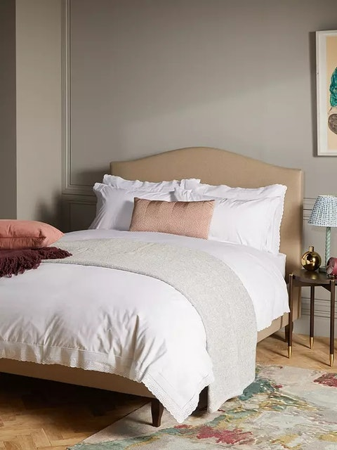 John Lewis Classic-Style, Scallop Edge Creamy Duvet Cover and Bedding Set 1