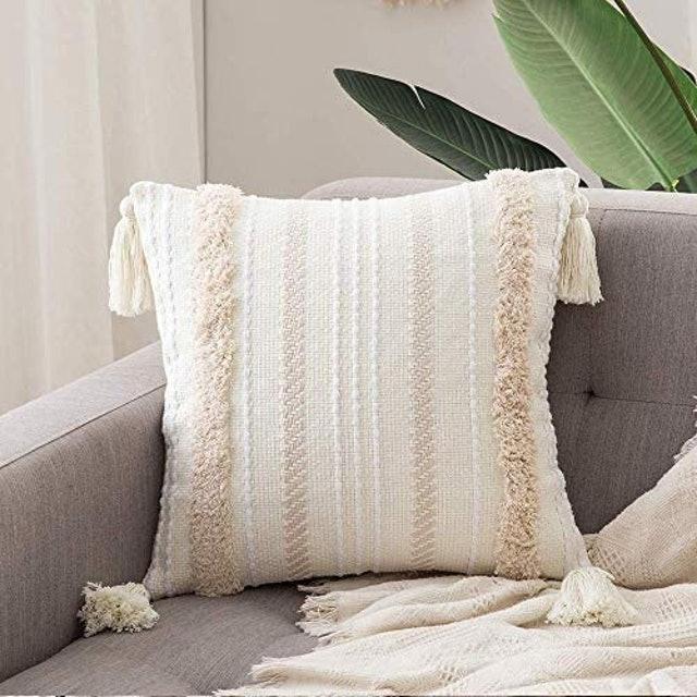 Miulee Tasseled Cushion Covers 1