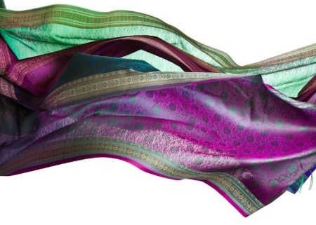 Use a Scarf's Colour and Patterns to Compliment Your Outfit