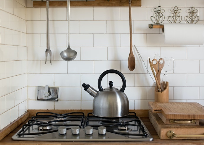 Graphic Prints, Decorative Patterns or Mirror Shine: Choose a Design That Fits Your Kitchen Aesthetic
