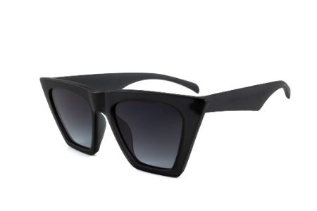 If You Have a Round Face, Look for Sunglasses With Angular Lines