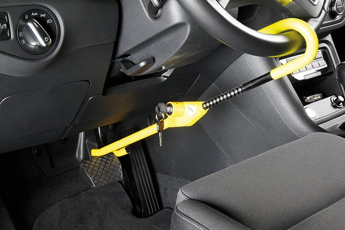 Pedal to Wheel Locks Demobilise Two Parts of the Car