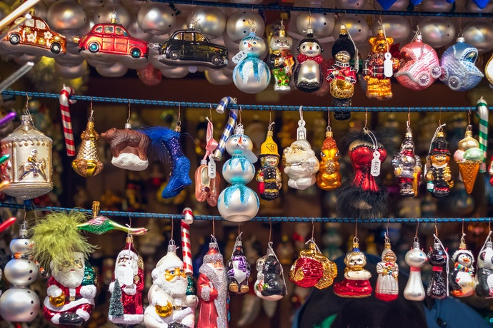 Baubles or Ornaments - Which Type of Decoration Do You Prefer?