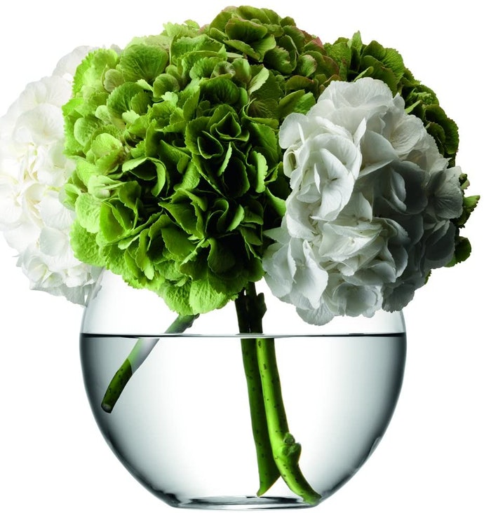 Round Vases Work Well With Tightly Grouped Flowers