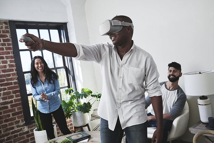Standalone VR Headsets Let You Play on the Go