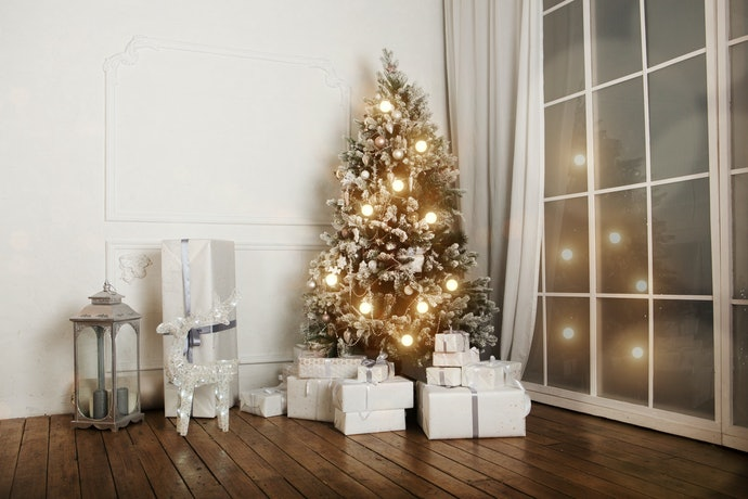 Matching Your Decorations to Your Christmas Colour Scheme