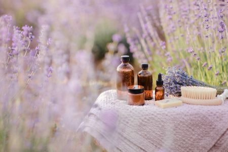 Lavender, Ylang Ylang and Jasmine: Oils to Help Calm the Mind and Reduce Stress