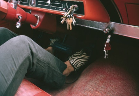 Get a Pair of Driving Shoes That Are Easy to Put On