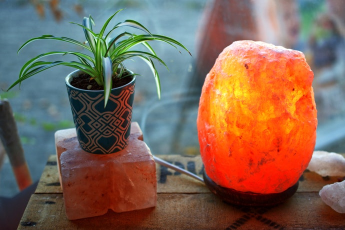What Exactly Does a Himalayan Salt Lamp Do?