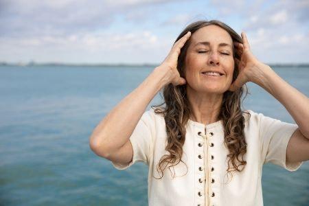 During Menopause Choose Calcium, Vitamin C, Vitamin D and Selenium