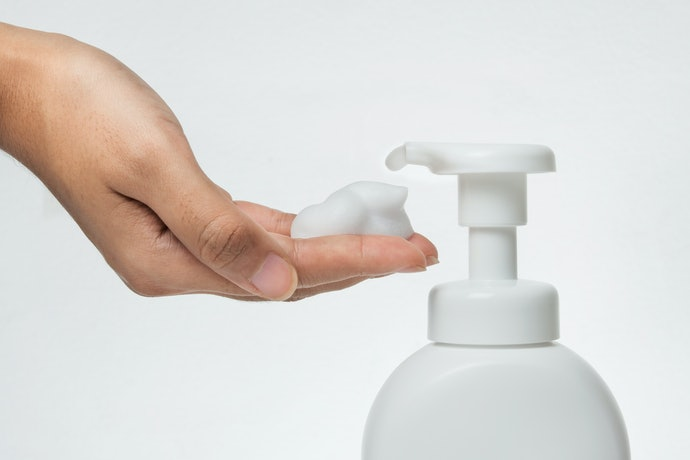 Check if the Shampoos Have a Pump Dispenser or Squeeze Bottle for Easier Washing
