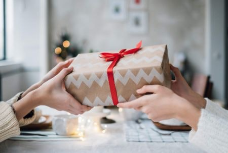 Hey Big Spender! Remember Meaningful Gifts Needn't Cost a Bomb