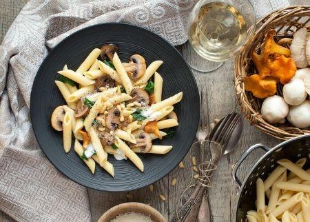 Pinot Grigio: Light Italian Dishes and Salads