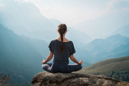 Meditation Apps Teach You to Still and Focus the Mind