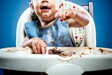 Wipe-Down Bibs for Weaning and Self Feeding