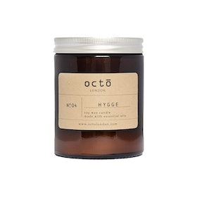 Top 10 Best Autumn Candles in the UK 2020 (Yankee Candle, Diptyque and More)  1