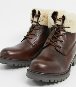 Top 10 Best Winter Boots for Men in the UK 2021 (Dr Martens, Timberland and More) 3