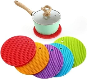 Top 10 Best Trivets in the UK 2021 (Robert Welch, Sungmor and More) 2