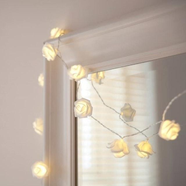 Lights4fun White Rose Indoor LED Fairy Lights 1