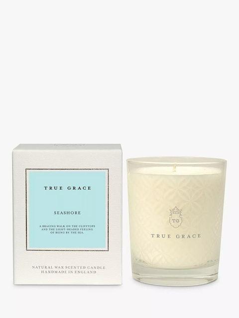 True Grace Village Seashore Classic Scented Candle 1