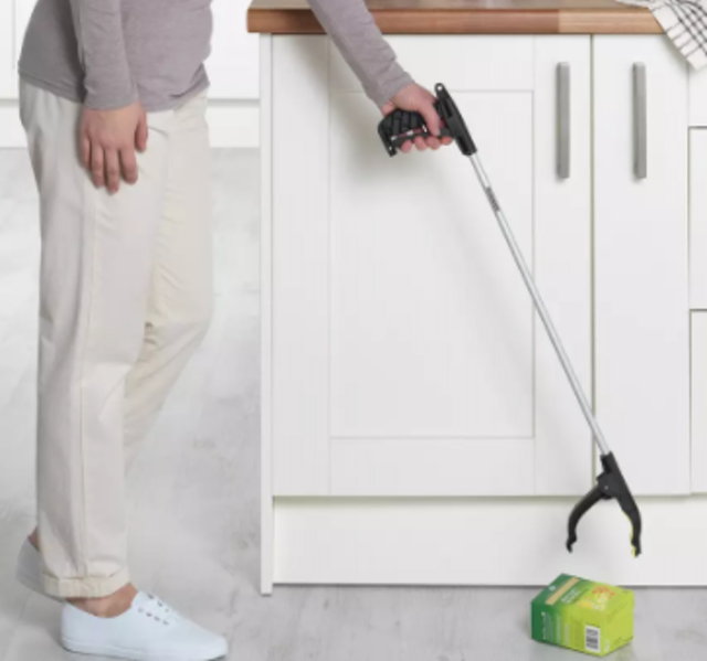 Argos Home Handy Reacher Grab Stick 1
