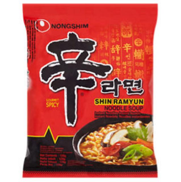 Nongshim Shin Ramyun Noodle Soup 1
