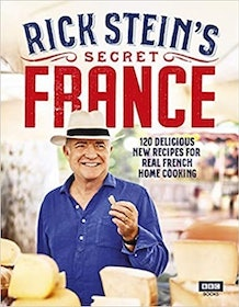 Top 10 Best French Cookbooks in the UK 2021 (Larousse Gastronomique, Julia Child and More) 3