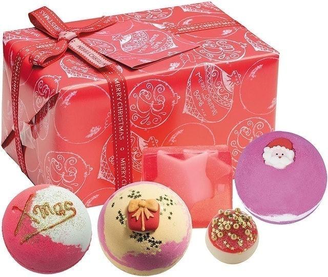 Bomb Cosmestics Santa Baby Handmade Wrapped Gift Pack 1
