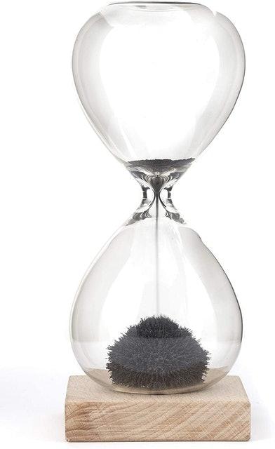 Kikkerland Magnetic Hourglass 1