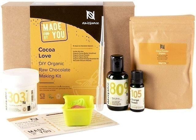 Naissance Cocoa Love Organic & Vegan Chocolate Gift Set 1