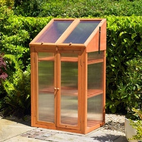 Top 10 Best Small Greenhouses in the UK 2021 (Palram, Outsunny and More) 1
