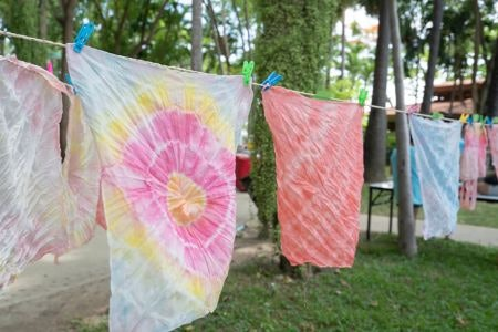 How to Tie-Dye: A Beginner's Guide