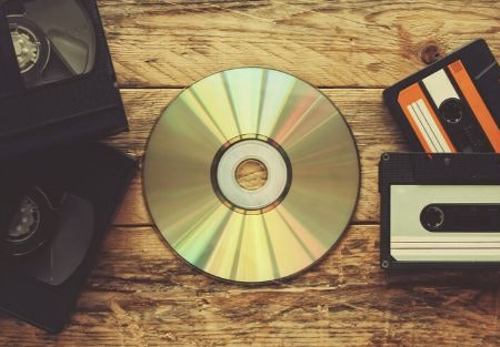 Some Murder Mysteries Come With a CD or DVD to Guide You – But it May Not be Necessary