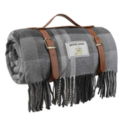 Top 10 Best Picnic Blankets in the UK 2021 (Sophie Allport, Argos Home and More)