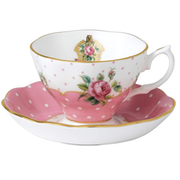 Top 10 Best Tea Cups in the UK 2020 (Wedgwood, Spode and More)